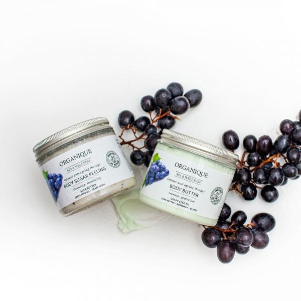 Przeciwstarzeniowy peeling cukrowy Intense Anti-Ageing/Grape