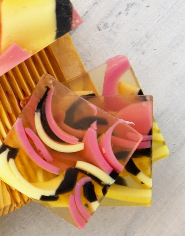 Mydło Zakochana Pszczoła