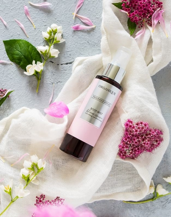 Mgiełka do ciała Bloom Essence